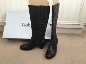 Ladies Gabor boots