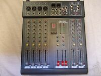 EIGHT CHANNEL MIXER AMP/MIXING DESK 650 WATTS TOTAL OUTPUT IN EXCELLENT CONDITION
