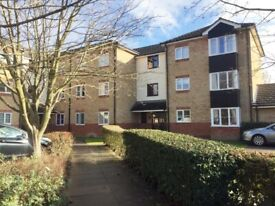 2 office/bedroom flat - FULLY FURNISHED - a quiet residential area - close to ARM