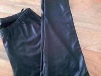 Leather look black leggings
