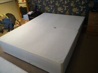 Simple bed structure (double bed)