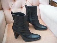 NEXT BLACK LADIES ANKLE BOOTS - UK SIZE 4