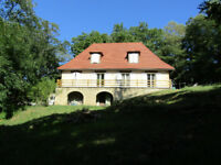 Beautifully renovated 5 bedroom house for sale in the Dordogne, South West France