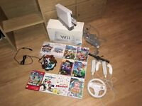 Nintendo Wii (White) with Games