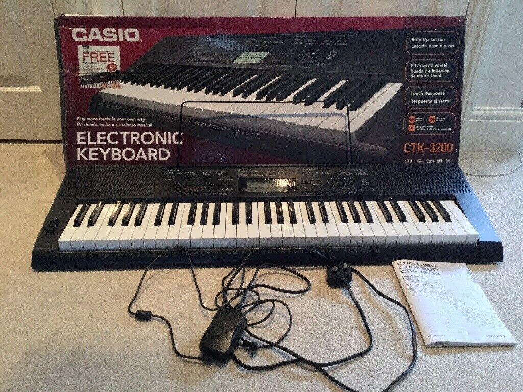 Casio CTK 3200 Electronic Keyboard