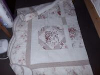 Cotton single quilted bed cover