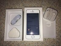 Apple iphone 5s Gold 16GB excellent mint condition sim free open to all networks