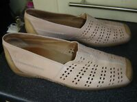 HOPPERS/GABOR Size 6 LEATHER SHOES