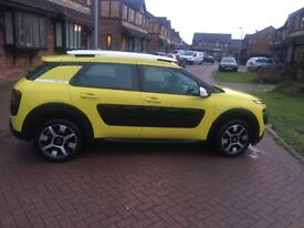 Stunning Citroen cactus for sale with full years MOT and full service history. Quirky and reliable