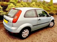 IN SUCH GOOD CONDITION. 49000 MILES. MOT 1 YEAR. STRIKING FRESH & PRISTINE. DRIVES SUPERB.
