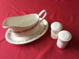 Royal Albert/Paragon sauce boat and condiments in very good condition. Buyer collects