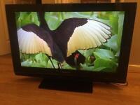 PANASONIC 32'' FLATSCREEN LCD TV VGC