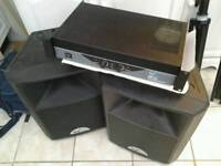 Set speackers and amp great clean condition complete with cables