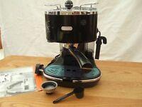 DELONGI ICONA COFFEE MACHINE CHROME / BLACK