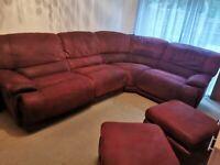 Large corner cofa with 2 pouffe