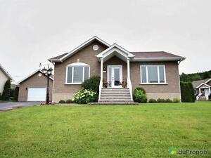 334 000$ - Bungalow à vendre à Chicoutimi Saguenay Saguenay-Lac-Saint-Jean image 2