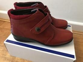 Padders ladies boots - New