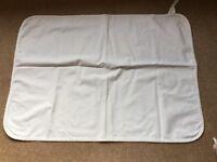 Children's mattress protector
