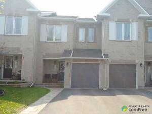 $343,000 - Townhouse for sale in Orléans