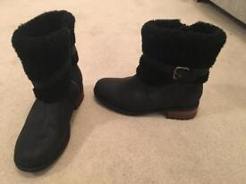 Black ladies UGG boots- size 6.5 - great condition!