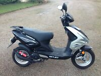 Sky Jet YH50QT-E Scooter - Low Mileage