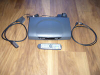 Sagem ITD81 Digital Freeview Box Complete With Remote Cables And Instructions