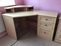 Brilliant Corner Desk with 3 Drawers
