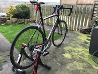 Specialised allez road bike and trainer