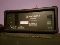 Peavey 200 amplifier