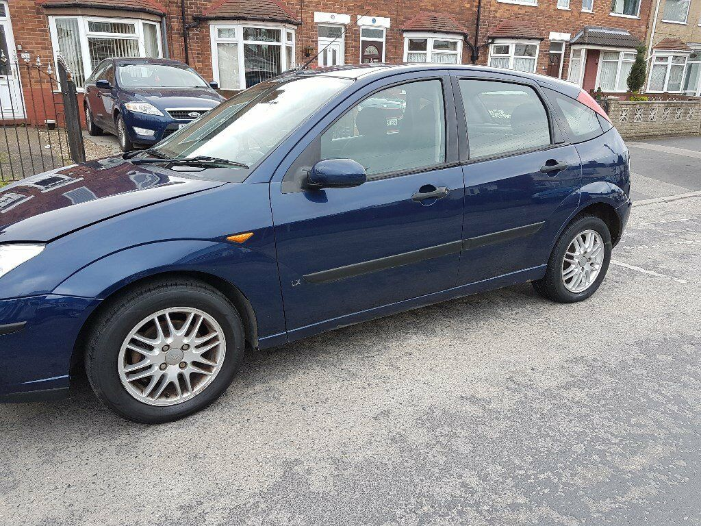 2004 ford focus lx 5 speed manual petrol 5 door hatchback dark blue