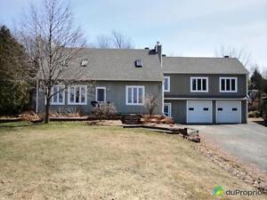 425 000$ - Maison 2 étages à vendre à Granby