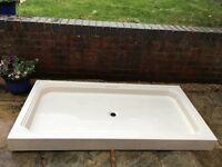 MATKI 1600 X 800 Cream Shower Tray