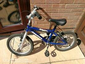 Childs Bike 4-6 yrs old approx Magna Rock Jumper