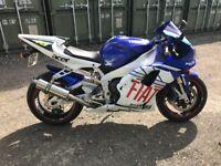 Very good condition Yamaha R1