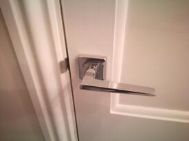 CHROME DOOR HANDLES (5 PAIRS AVAILABLE) WITH LATCH AND HINGES