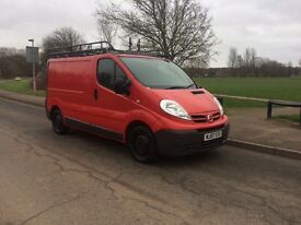 NISSAN PRIMASTAR WITH QUALITY ROOFRACK AND 12 MONTHS MOT, LIKE VAUXHALL VIVARO OR RENAULT TRAFIC