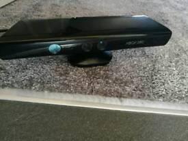 Xbox 360 Kinect + 11 XBox 360 Games