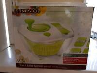 Ernesto salad spinner and grater