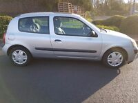Renault Clio Expression DCi 1.5 - 2005 Diesel - Road Tax is £30 per year & cheap to insure
