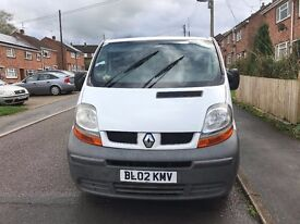 renault traffic 5 seatter crew van relisted due to many time wasters