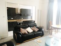 Torquay Town centre totally renovated large furnished rooms to let in victorian villa