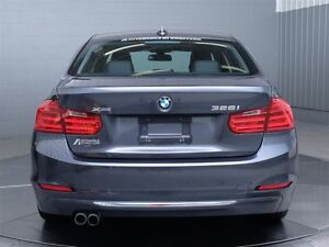 2013 BMW 328I LUXURY X-DRIVE MAGS TOIT CUIR West Island Greater Montréal image 7