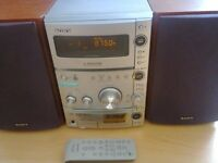 SONY HI-FI SYSTEM CMT-CPZ1 EX CONDITION AND WORKING ORDER £50