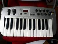 M-audio oxygen8 midi keyboard