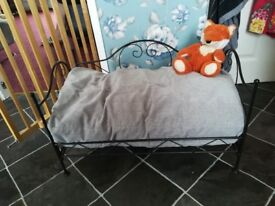 Luxury metal dog bed