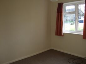 Spacious 2 double bedroom ground floor flat, Milton 2 miles from Cambs.