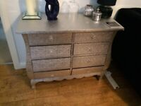 CHEST OF DRAWERS - SILVER