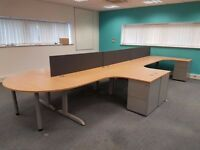 20 - TECHO CORNER DESKS BEECH WITH SILVER PEDESTALS AND GRAPHITE SCREENS - GOOD COND - we deliver