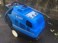 Industrial hot & cold pressure washer