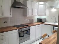 Goldenacre Terrace lovely bright newly decorated 2 double bed flat to rent available 1st October.